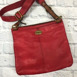 Fossil red leather crossbody bag. Brass zip.*